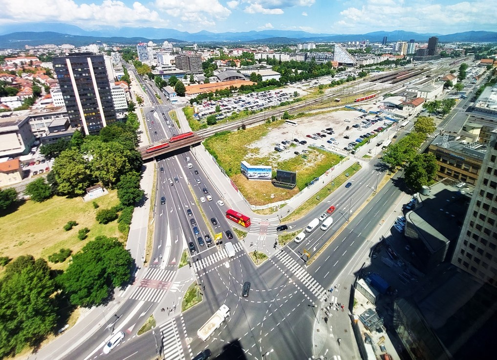 Picture 1: One of the most important traffic junctions in the centre of Ljubljana, with a special focus on bicycle traffic.